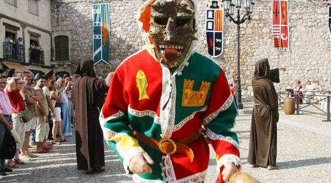 Festival del teatro medieval fiestas y tradiciones en hita guadalajara en espa a es cultura - Oficina de turismo guadalajara ...