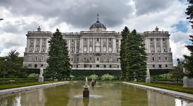 Jardines de sabatini jardines en madrid en espa a es cultura - Jardines palacio real madrid ...