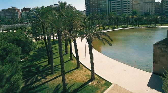 Jardines del turia jardines en valencia valencia for Le jardin restaurant valence