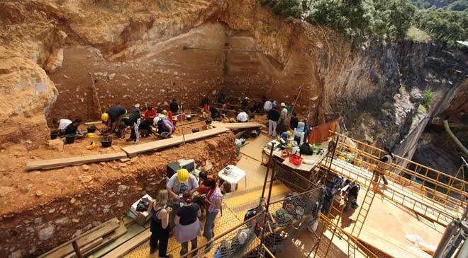 Resultado de imagen de yacimiento prehistoria atapuerca