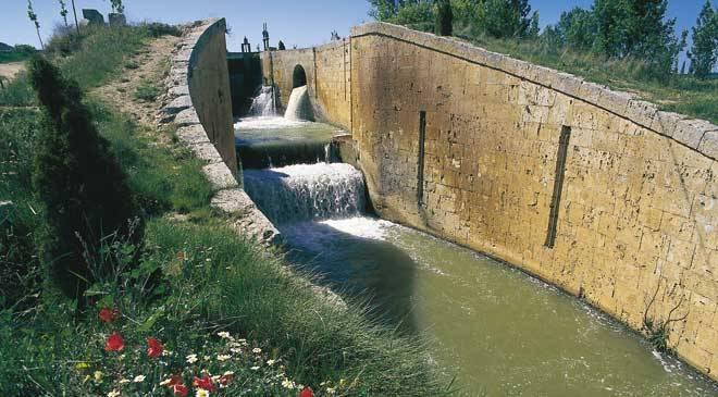 Canal de castilla monumentos en fr mista palencia en for Canal castilla la mancha