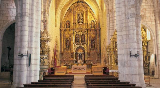 Colegiata de San Cosme y San Damián: monumentos en Covarrubias, Burgos en Esp...
