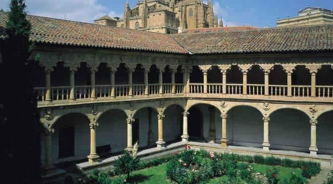 Convento de las Dueñas: monumentos en Salamanca en España ...